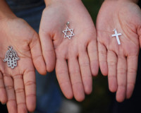 11 Nov 2006, Paris, France --- Symbols of the Three Monotheistic Religions --- Image by © SÈbastien DÈsarmaux/Godong/Corbis