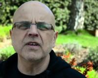 Karate, východní filozofie a cesta ke křesťanství (svědectví Mirka – video)