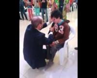 Bůh uzdravil chromého chlapce ve jménu Ježíše (video)